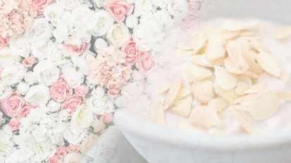 Winter 2019 – White Rose & Almond Milk